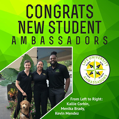 a group picture of the new student ambassadors for Fall 2018